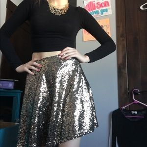 Gold sequined High Waisted Skirt ✨